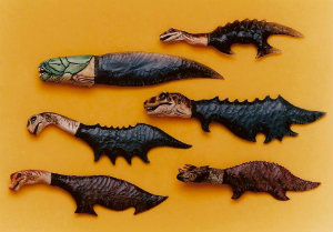 knife-flintknapped-mini-dinosaurs.jpg